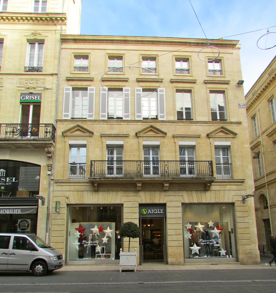 Vente appartement cours de l 39 intendance for Prix appartement bordeaux